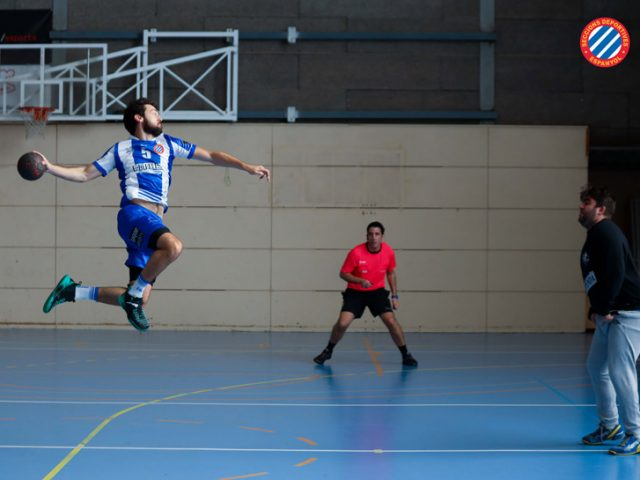 https://sdespanyol.com/web/wp-content/uploads/2020/02/CH-Valldoreix-vs-SD-Espanyol-Handbol-21-640x480.jpg